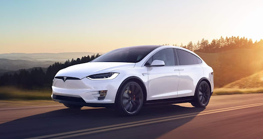 Model X Wins the Golden Steering Wheel