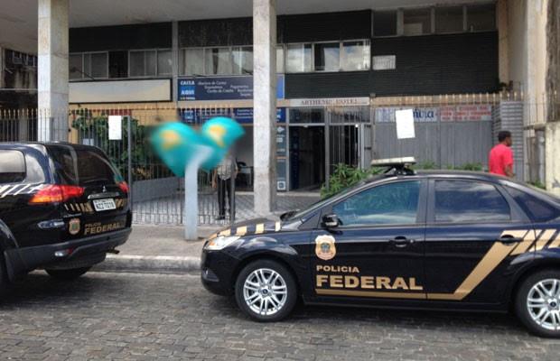 Operação da Polícia Federal em Salvador (Foto: Juliana Almirante/G1)
