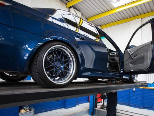 Don't be caught out by the £2500 MOT fine! - Universal Tyres
