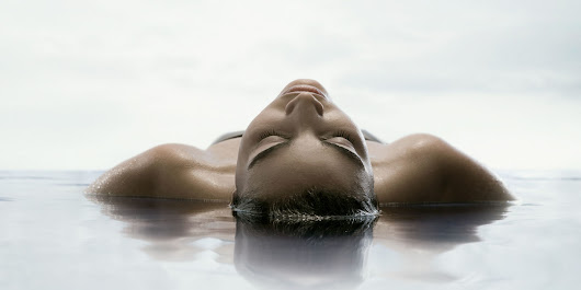 Five Reasons to Float In a Sensory Deprivation Tank