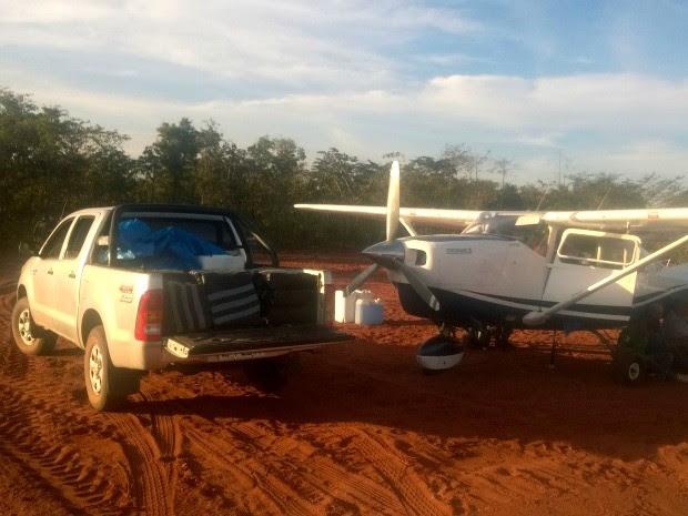 Avião carregado com droga foi avistado prestes a pousar em pista clandestina perto de Poxoréo, segundo a PF. (Foto: Assessoria / Polícia Federal)
