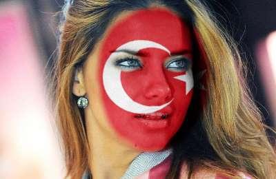 Yüz Boyama Türk Bayrağı