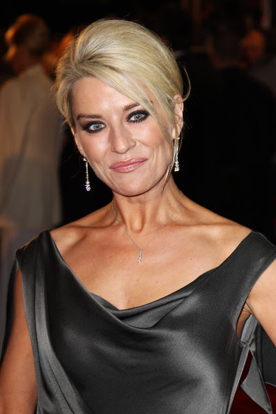 Zoe Lucker English Actress very hot and sexy wallpapers