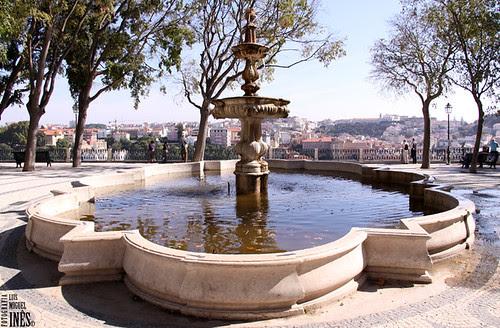 Fonte São Pedro de Alcântara by Luís Miguel Inês | Fotografia