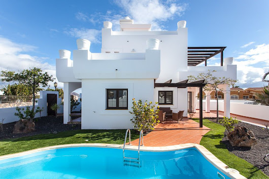 Villa in Corralejo for Rent - Holidays 4U Blog