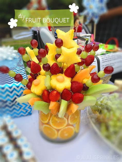 25  best ideas about Edible fruit arrangements on