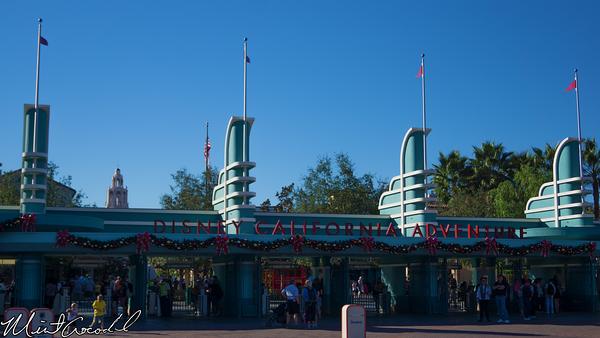 Disneyland Resort, Disney California Adventure, Buena Vista Street, Christmas Time
