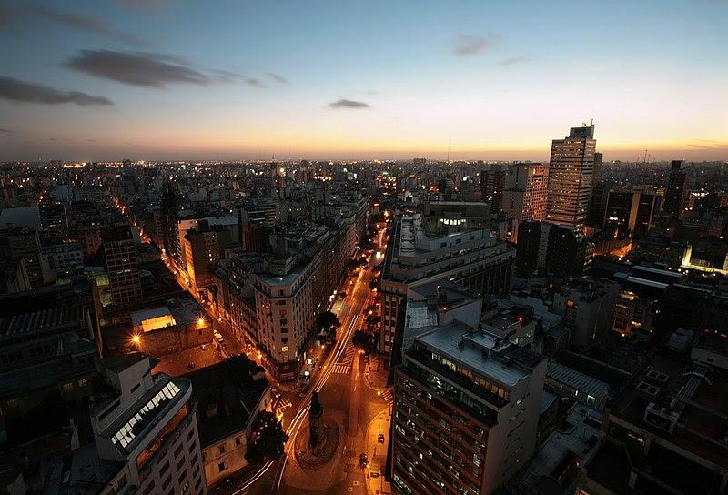 Archivo:Diagonal Sur Buenos Aires 2011-02-11.jpg