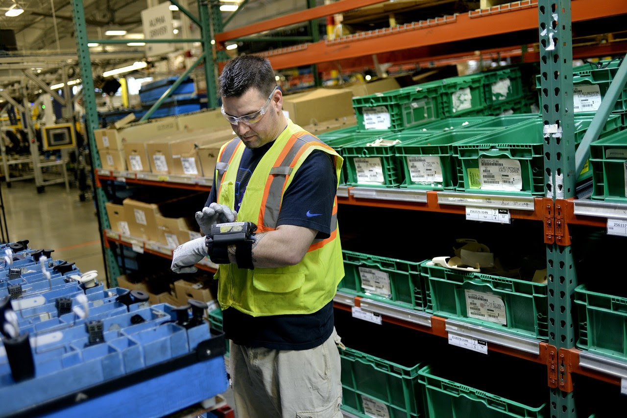Rfid Tags Help Keep Track Of Inventories Across Sprawling Auto Parts Supply Chain Business