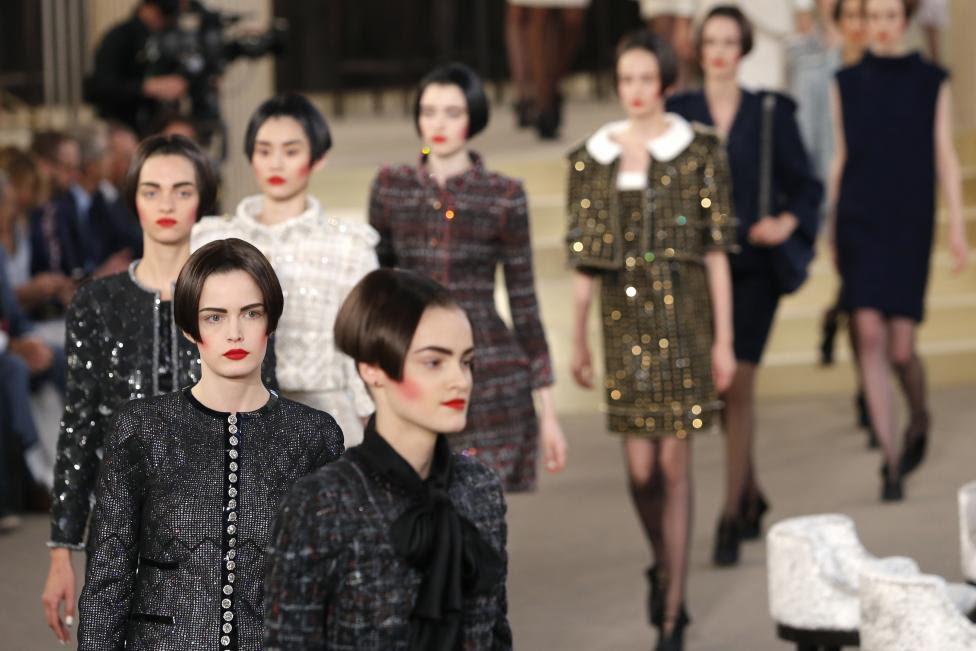 Karl Lagerfeld Chanel Iconic Designs
