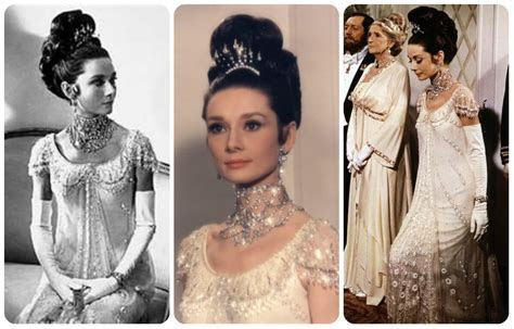 15 Stunning Vintage Costumes From Period Films Which Will