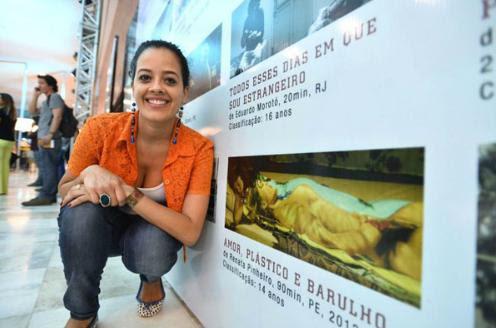 Maeve Jinkings levou o Candango de Melhor atriz por longa-metragem de ficção, ao viver uma cantora de brega no filme