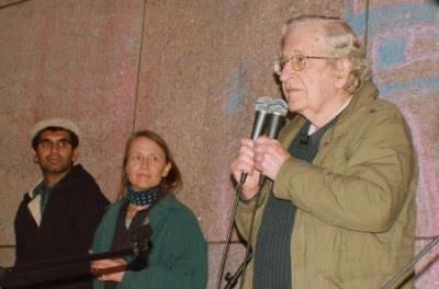 Noam Chomsky, Boston, 22 de Outubro de 2011 - Foto de Occupy Boston no facebook