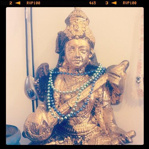 Sarswati idol