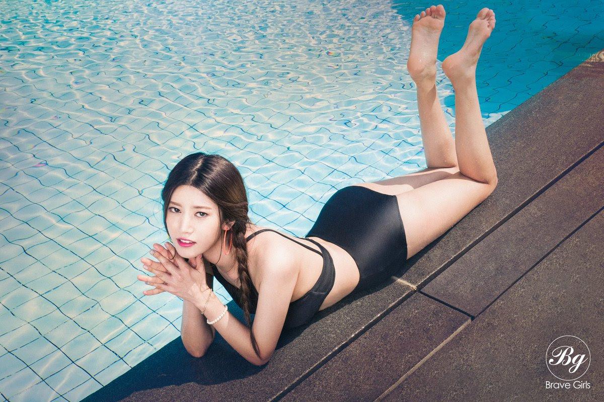 Brave Girls lanza imágenes teaser en ropa de baño para su nuevo sencillo digital