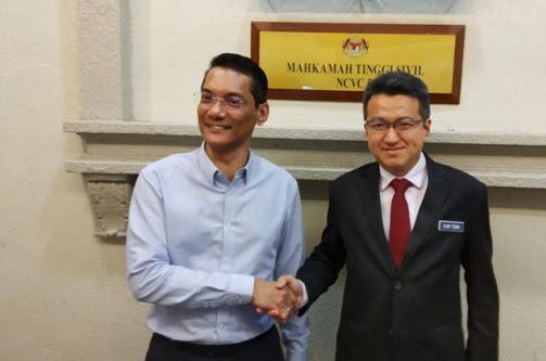 Fitnah Chin Tong pakai seragam komunis: Azwanddin mohon maaf