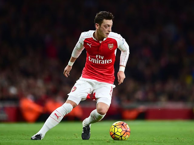 Sport News: 'Ozil would not get anywhere near Chelsea's squad' @MesutOzil1088 #EPL