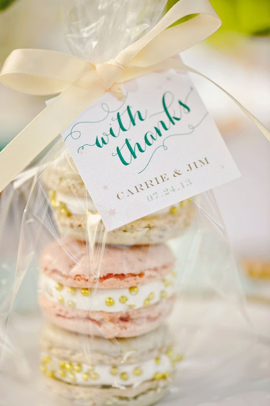 Macaroon Wedding Favors on Pinterest