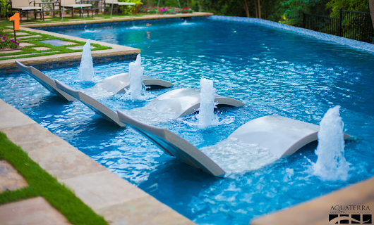 Pick Your Favorite Party-Ready Pool | Zillow Blog