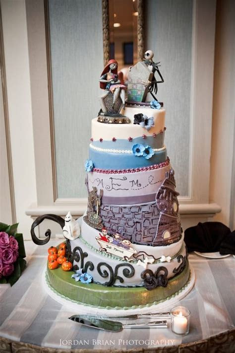45 Creative Wedding Cake Designs You Don't See Often
