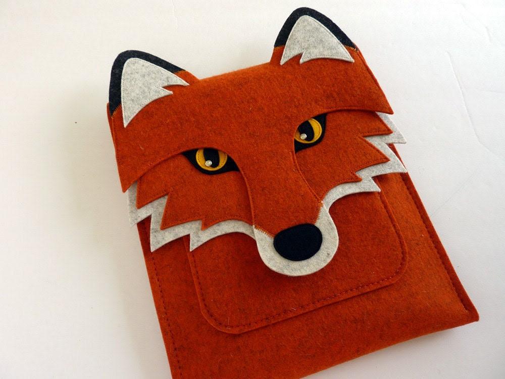 iPad case - Fox in rusty felt  - Made to order