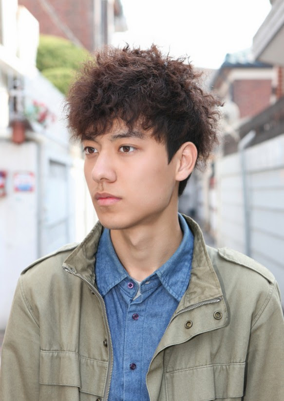 Korean-Curly-Hairstyle-for-Men-2021   Styles Weekly