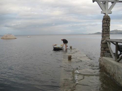 Paqueta quay under water