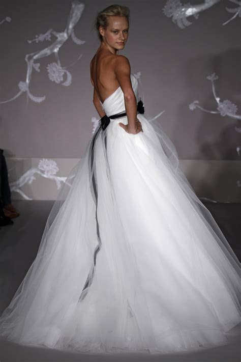 Gorgeous white ball gown wedding dress with tulle skirt