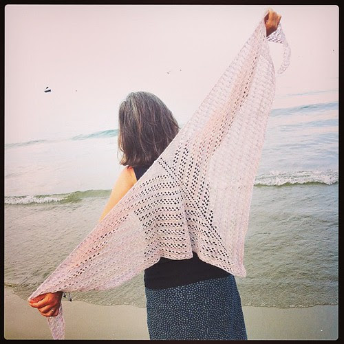 Mea Shawl in Alpaca by Woollisa :)