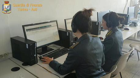 Foto d'archivio di una indagine della guardia di finanza © ANSA