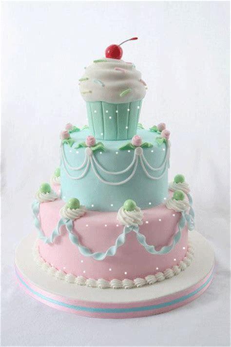 Pretty Birthday Cake. Free Birthday Wishes eCards