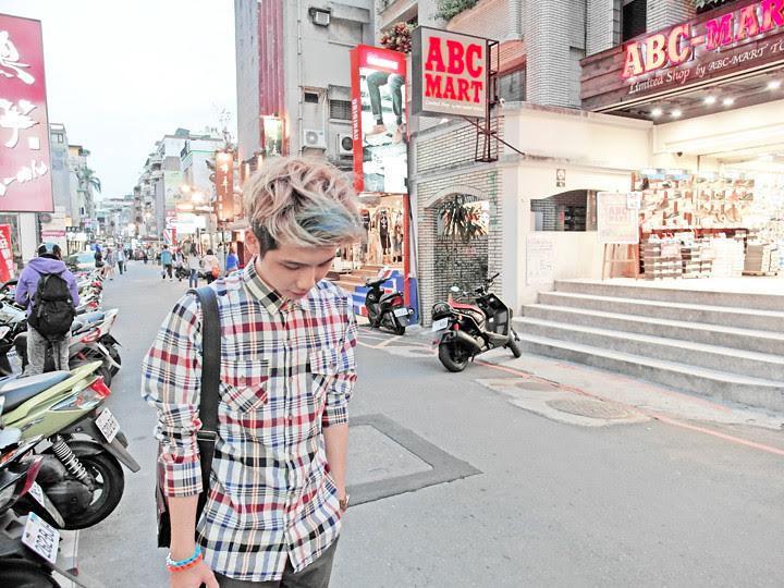 typicalben at Zhongxiao Dunhua (忠孝敦化)