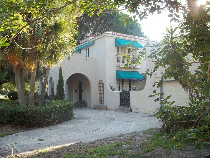 File:Sarasota FL Binz House01.jpg