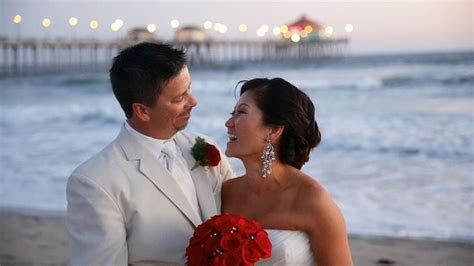 Anh and Vinny   Huntington Beach Wedding at the Shorebreak