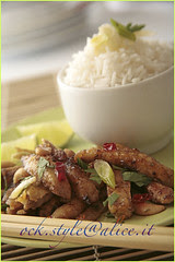 Spicy Chicken with Cashew Nuts and Steamed Rice