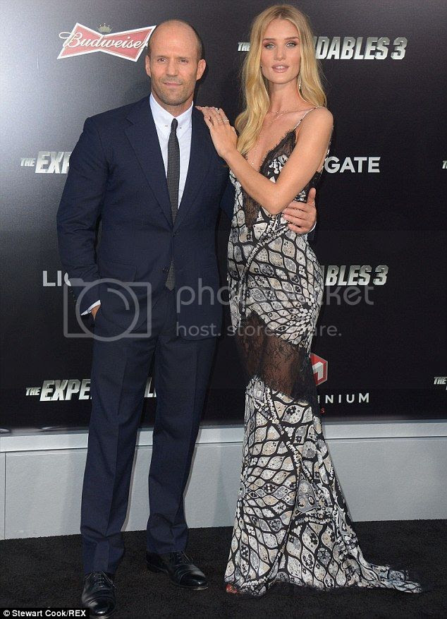 photo Rosie-Huntington-Whiteley-Expendables-3-Los-Angeles-Premiere_zpsf2f58501.jpg
