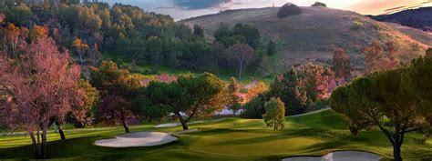 Wedding Venues: Great Dyker Beach Golf Course Wedding For