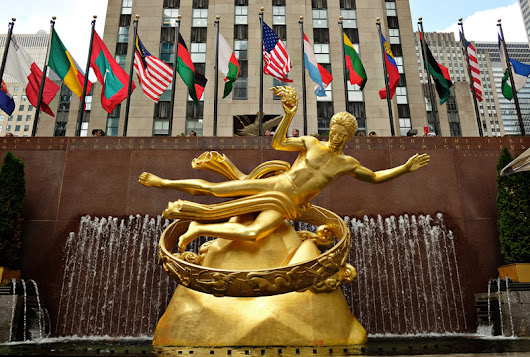 Lunch With Prometheus At The Rock Center Café, Rockefeller Center - White Caviar Life