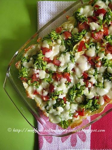 Millefoglie di carasau con pomodori, zucchine e scamorza