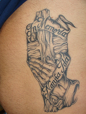 Praying Hands Tattoos on This Is A Large Rib Cage Belly Tattoo Featuring A Set Of Praying Hands