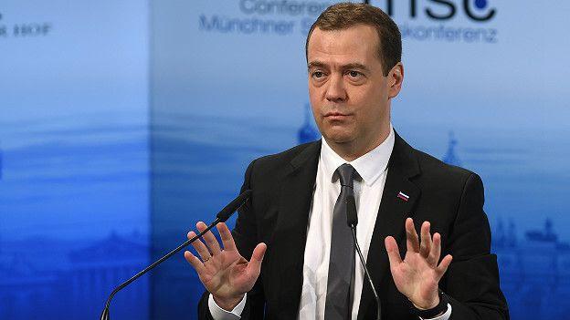 El primer ministro ruso Medvédev