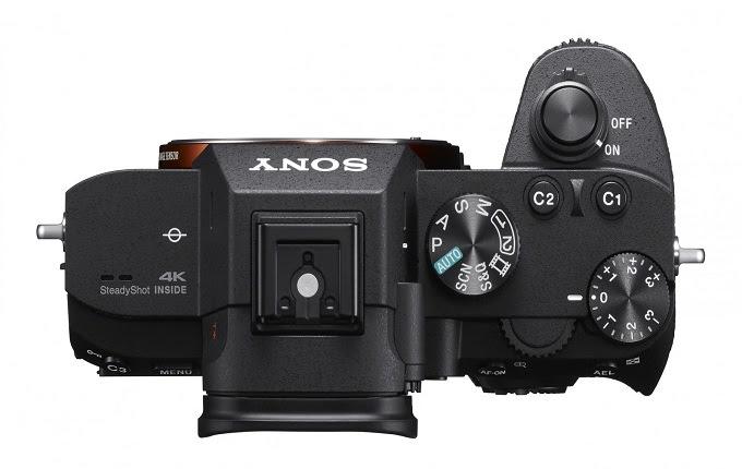 Mark III tidak menargetkan fotografer pemula Teruntuk Bung Photographer Enthusiast, Sony Memiliki Kado spesial Buat Anda
