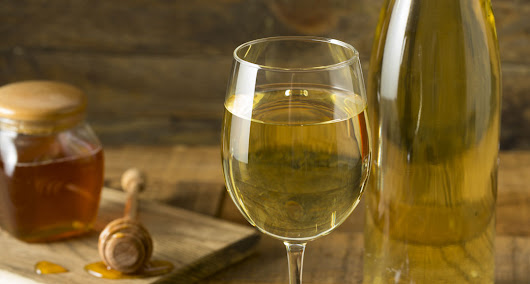 What the Heck is Mead? - Jane Dummer RD