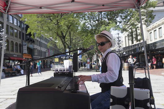 Boston Piano Kid Fulfilled His Dream, Going Key For Key With Billy Joel At Fenway