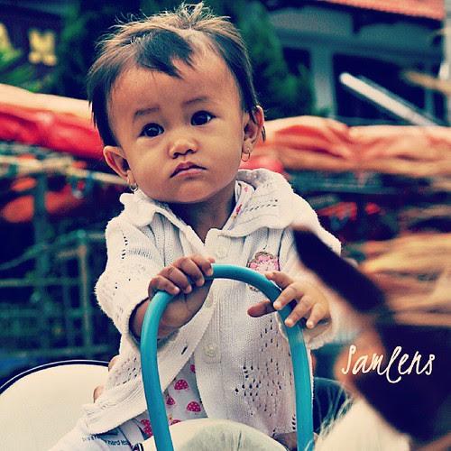 Horse rider girl - Sarangan lake Magetan, East Java #traveling  #kids  #girl  #kinanthi  #sophia  #rider #instatravel  #instagram  #instaphotoesia  @yenips #indonesia  #webstapick by be.samyono