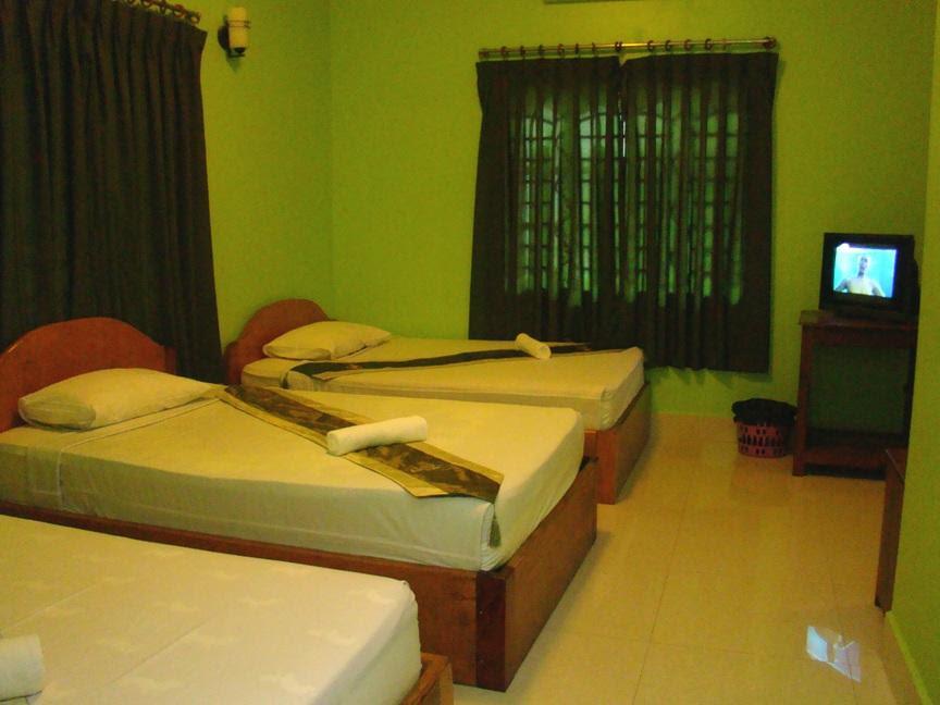 Review Golden Papaya Guesthouse