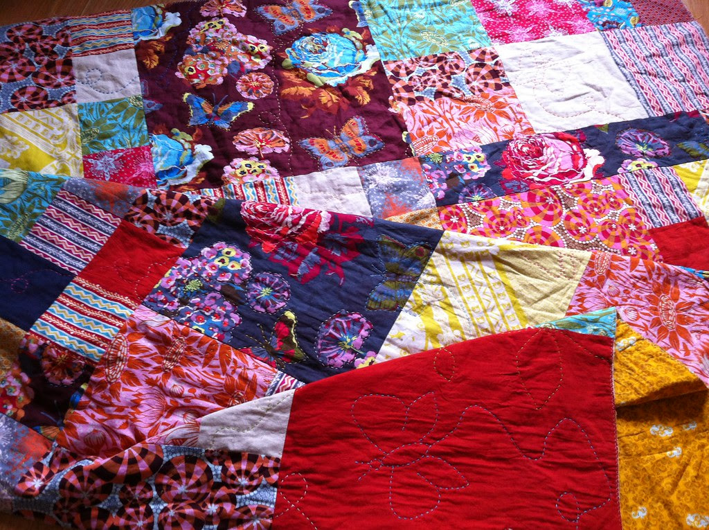 Loulouthi Quilt - handquilting