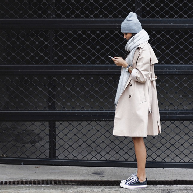 Le Fashion Blog Ways To Wear Black Converse Sneakers Blogger Style Beanie Scarf Neutral Trench Coat Instagram Via Pepamack