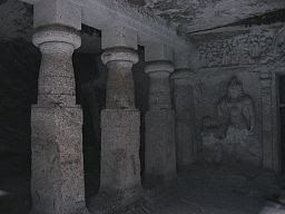 Jogeshwari Caves inside.jpg