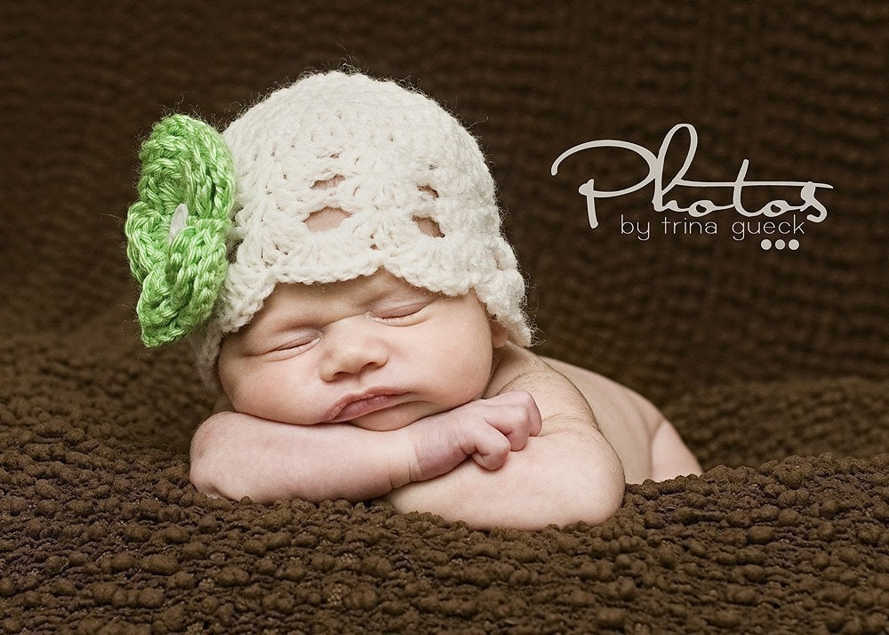 FALL SALE - Newborn Hat Baby Beanie 0-3 Months in White with Lime Green Flower